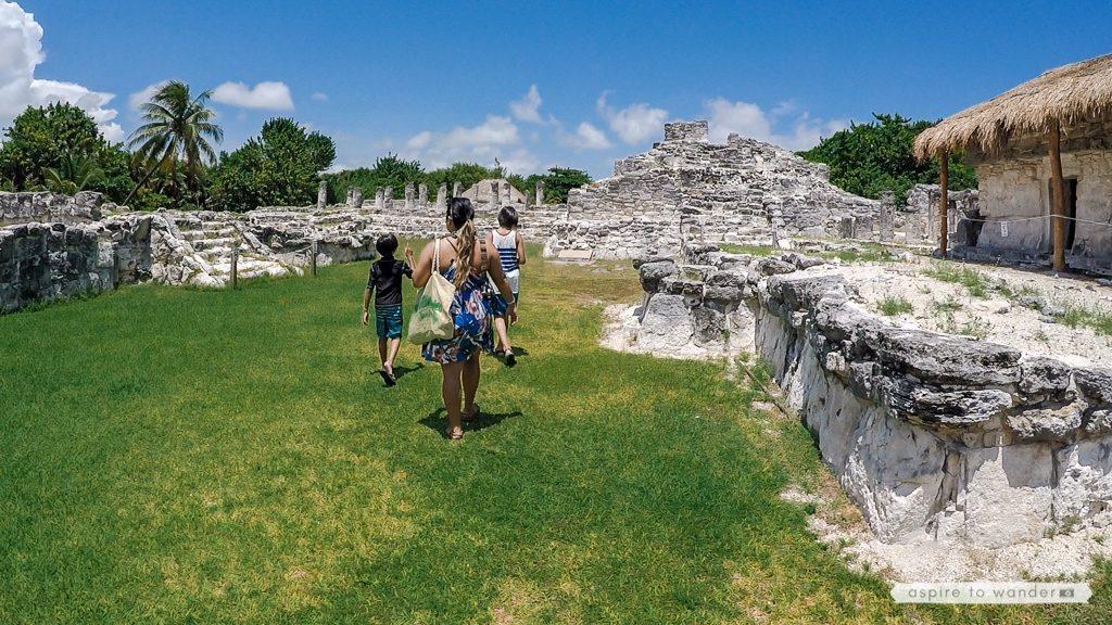 Visiting Mayan ruins with kids - El Rey, Cancun